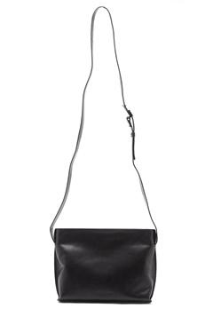 TIGER OF SWEDEN Perrie Crossbody Bag 050 Black Bubbleroom.se