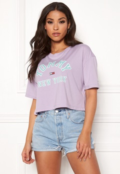 TOMMY JEANS Collegiate Tee 575 Pastel Lilac Bubbleroom.se