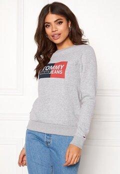 TOMMY JEANS Essential Logo Sweatshirt 038 Lt Grey Bubbleroom.se