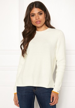 TOMMY JEANS Side Slit Crew Sweater YAP Snow White Bubbleroom.se