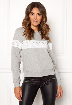 TOMMY JEANS Sweatshirt 000 Light Grey Bubbleroom.se
