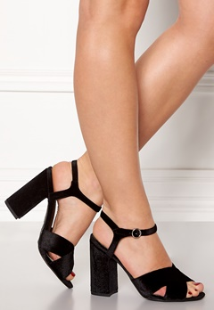 New Look Tonight Strap Block Heel Black Bubbleroom.se