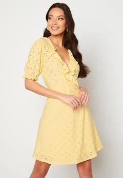 VILA Tressy S/S Wrap Dress Sunlight Bubbleroom.se