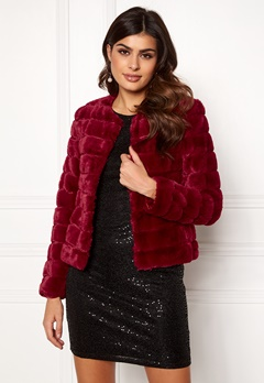 VERO MODA Avenue Faux Fur Short Rumba Red Bubbleroom.se
