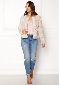 VERO MODA curl short fakefur jacket Oatmeal Bubbleroom.se