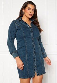 Vero Moda Curve Polena LS Denim Dress Medium blue denim Bubbleroom.se