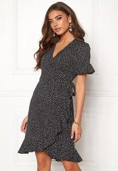 VERO MODA Henna 2/4 Wrap Dress Black/Dots Bubbleroom.se