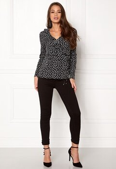 VERO MODA Henna Dot L/S Wrap Top Black Bubbleroom.fi