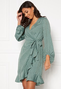 VERO MODA Henna L/S Wrap Dress Laurel Wreath, Dot Bubbleroom.se