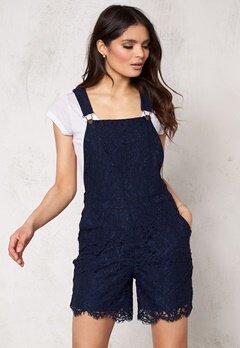 VERO MODA Nynne s/l lace jumpsuit Black Iris Bubbleroom.se