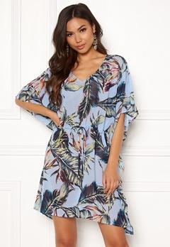 6ee444da7212 Klänningar – Köp din snygga klänning online | Bubbleroom