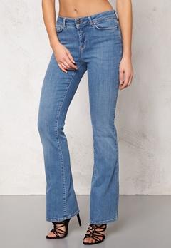 VERO MODA Sally Flare Jeans Lt Denim Bubbleroom.fi