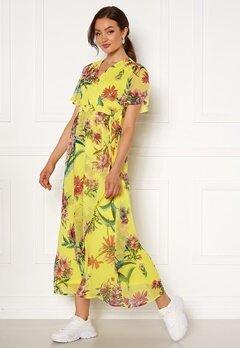 VERO MODA Wonda S/S Wrap Maxi Dress Celandine AOP Bubbleroom.se
