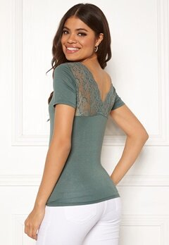 ONLY Vic S/S Deep Backlace Top Balsam Green Bubbleroom.se
