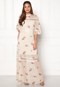 VILA Alondra 2/4 Sleeve Dress Cloud Dancer Bubbleroom.se