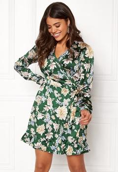 VILA Barima L/S Wrap Dress Pine Grove Bubbleroom.se