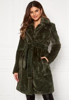 VILA Boda New Faux Fur Coat Forest Night Bubbleroom.se