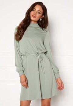 VILA Dania Smock L/S Dress Green Milieu Bubbleroom.se