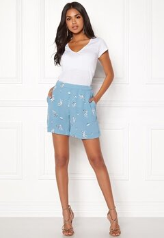 VILA Dash Shorts Allure Bubbleroom.se