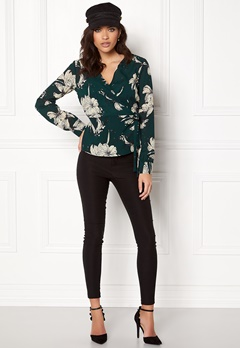 VILA Floppy L/S Wrap Top Pine Grove Bubbleroom.se