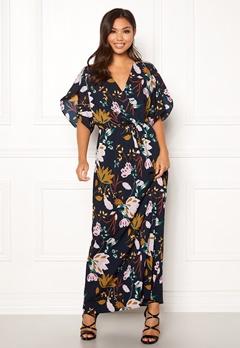 VILA Lasha Adra Maxi Dress Total Eclipse Bubbleroom.se
