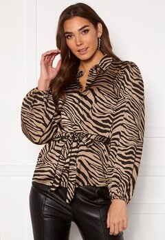 VILA Malas L/S Shirt Dusty Camel W Zebra Bubbleroom.se