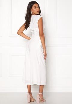 VILA Melis Cropped Jumpsuit White Bubbleroom.se