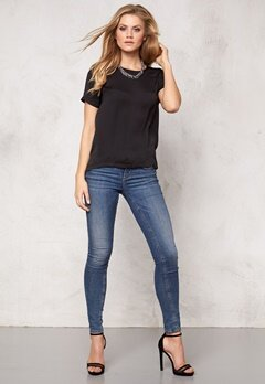 VILA Melli s/s Top Black Bubbleroom.no