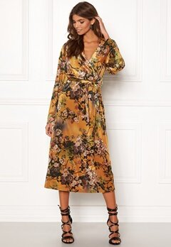 VILA Nisty L/S Dress Cathay Spice Bubbleroom.se