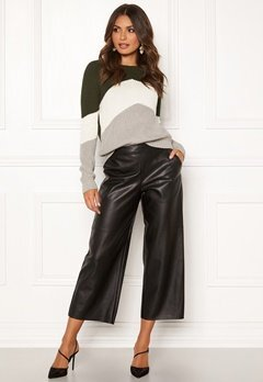 VILA Pen RW Cropped Wide Pants Black Bubbleroom.se