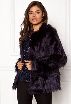VILA Poppy Faux Fur Jacket Astral Aura Bubbleroom.se