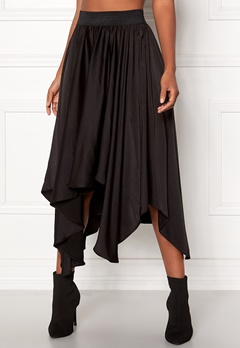 VILA Sulla Asymetric Skirt Black Bubbleroom.se
