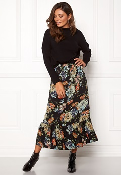 Sisters Point Vota Skirt 001 Black/Flower Bubbleroom.se