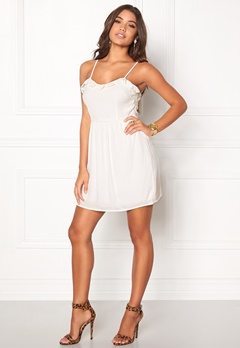 WYLDR Stranded Dress Ivory Bubbleroom.fi