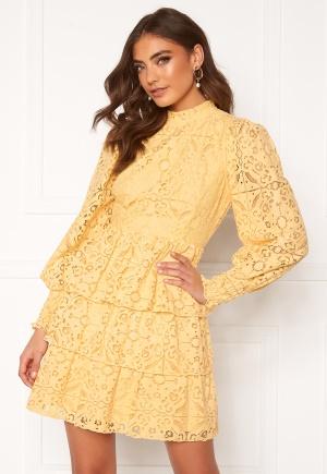 Alexandra Nilsson X Bubbleroom Lace dress Yellow 44
