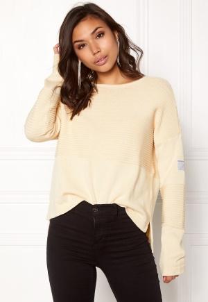 Boomerang Whitch O-Neck Sweater Pannacotta M