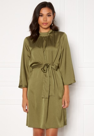 DRY LAKE Amy Dress 332 Green Olive Konf M