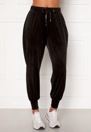Martine Lunde X Bubbleroom Cozy velvet joggers Black XS