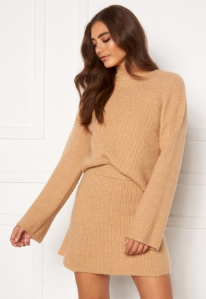 Moa Mattsson X Bubbleroom Knitted cropped sweater Camel XL