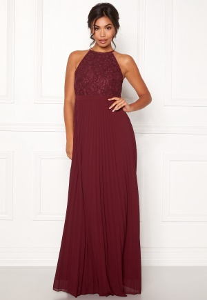 Moments New York Casia Pleated Gown Wine-red 34