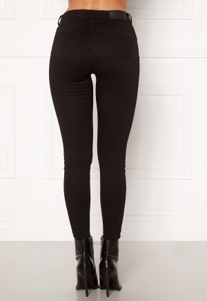 Se Noisy May Jen NW S.S Shaper Jeans Black 25/32 ved Bubbleroom
