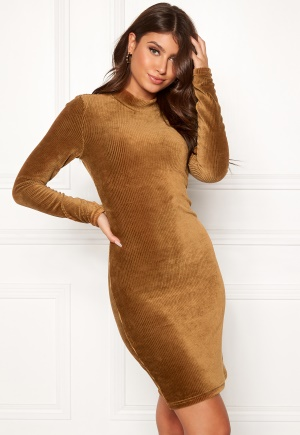 Pieces Indira LS T-Neck Dress Toasted Coconut XS