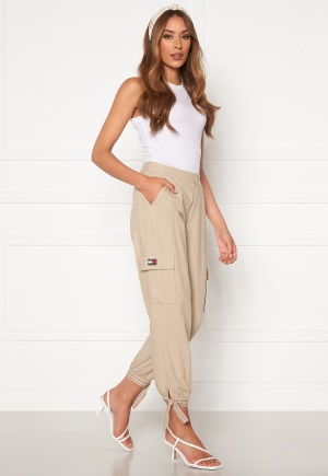 TOMMY JEANS Cargo Jogger ABM Soft Beige 26/32