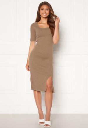 Se Trendyol Knit Midi Dress Bej/Beige L ved Bubbleroom