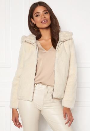 Vero Moda Thea Hoody Short Faux Fur Jackor online