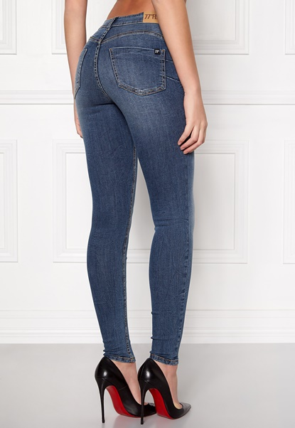77thFLEA Miranda Push-up jeans  Bubbleroom.se