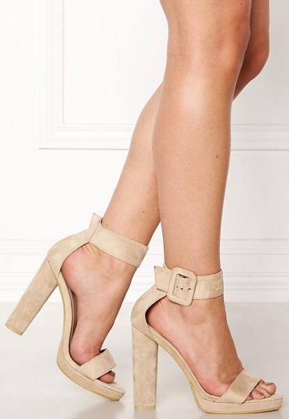 AX Paris Chunky Heel Sandals Cream Bubbleroom.dk