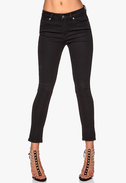 CHEAP MONDAY Prime Cropped Jeans Pitch Black Bubbleroom.se