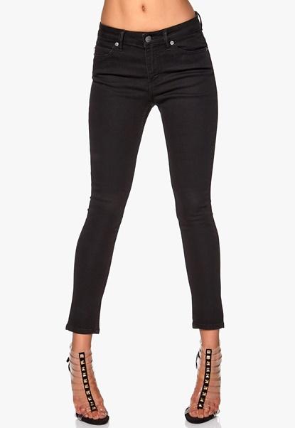 CHEAP MONDAY Prime Cropped Jeans Pitch Black Bubbleroom.se