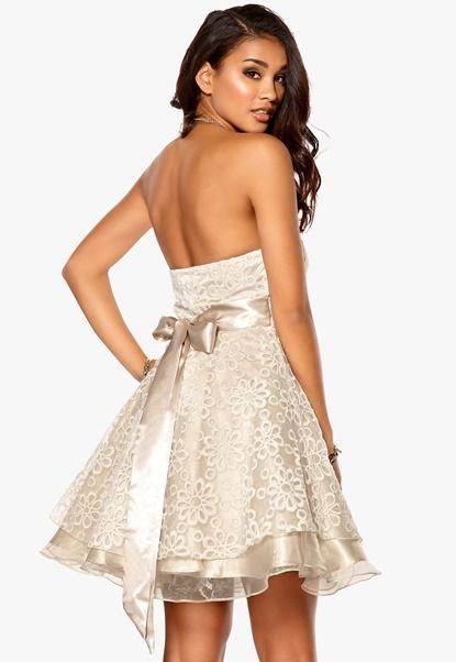 Model Behaviour Cecilia Dress Champagne Bubbleroom.se